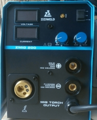 Máy hàn không dùng khí Zmig 200